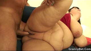 Busty-old-lady-gets-her-fat-pussy-pounded