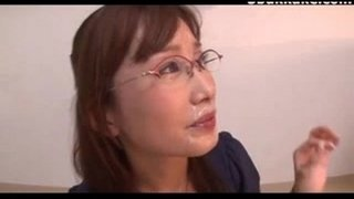 Office-Lady-Glasses-Cumshots-Japanese