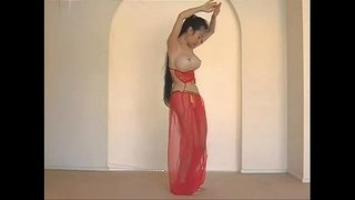 Beautiful-Thai-Belly-Dancer