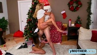 Santa-has-a-gift-for-a-slutty-mom-and-her-innocent-daughterig-1080-1