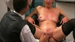 Extreme-Anal-and-Pussy-Fisting