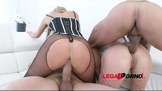 Jenny-Simmons-&-Brittany-Love-double-anal-4some-(DAP)-for-Legal-Porn-SZ866