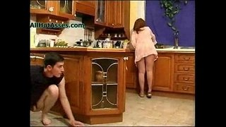 Spying-Mature-In-The-Kitchen
