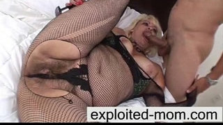 Crazy-old-mature-gets-big-cock-in-her