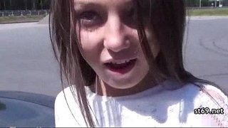 Wild-hot-teen-could-realy-use-a-ride
