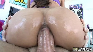 TRUE-ANAL-Gaping-Chloe-Amours-delicious-bubble-butt