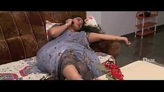 Mahi-Aunty---02-Full-Length-Telugu-Movie----Ravi-Krishna,-Silpa,-Nisha