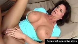 Texas-Cougar-Deauxma-Blows-&-Gets-Analized-By-Mafia-Bookie!