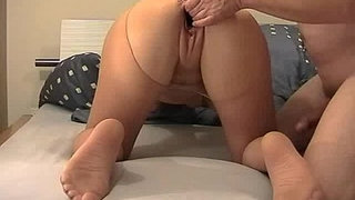 Fisting-my-wifes-huge-cunt-till-she-orgasms