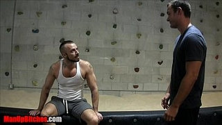 Gym-Foot-Hook-Up-at-Powerhouse-Gym-Tampa