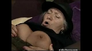Mature-Granny-in-hardcore-sex-action