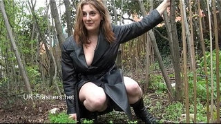 Amateur-babe-Jannas-public-masturbation-and-outdoor-dildo-toying