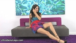 Hot-babe-in-high-heels-showing