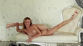sweet-skinny-real-flexi-teen-stretching